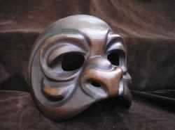 gorille-masque-de-den.jpg