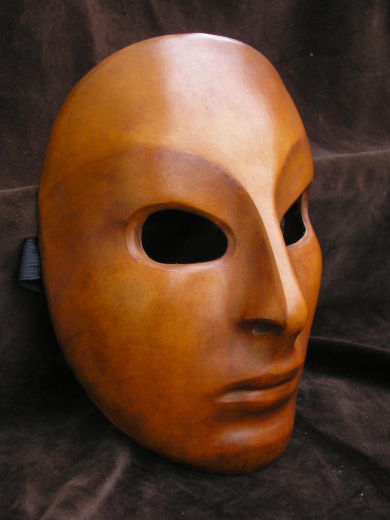On peut porter le masque pour la personne après le massage
