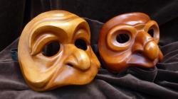 masques-de-zani-singe-et-zani-hibou-de-den.jpg