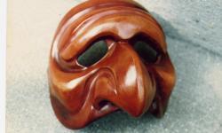 polichinelle-masque-de-den.jpg